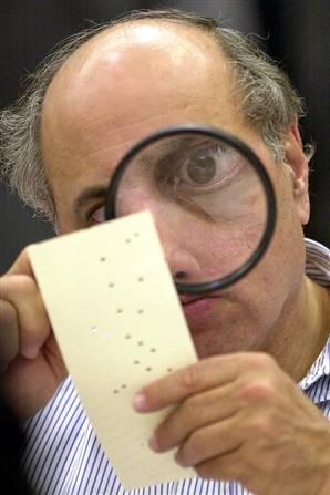 examining-vote-chad