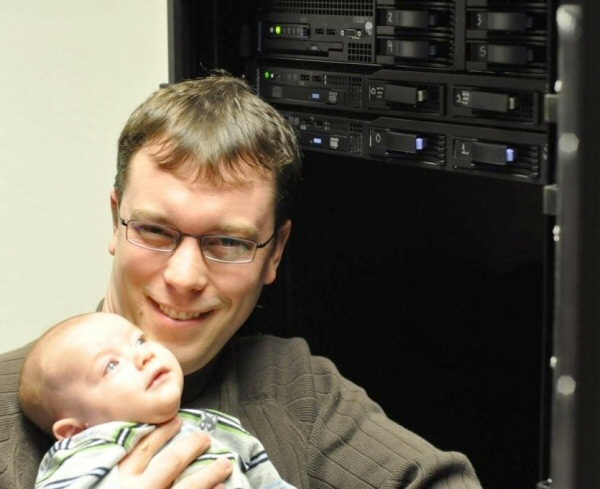 new-datacenter-geoff-and-babby1