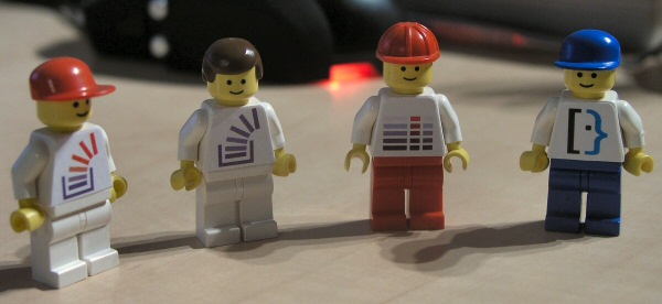 stack-overflow-lego-minifigs-2